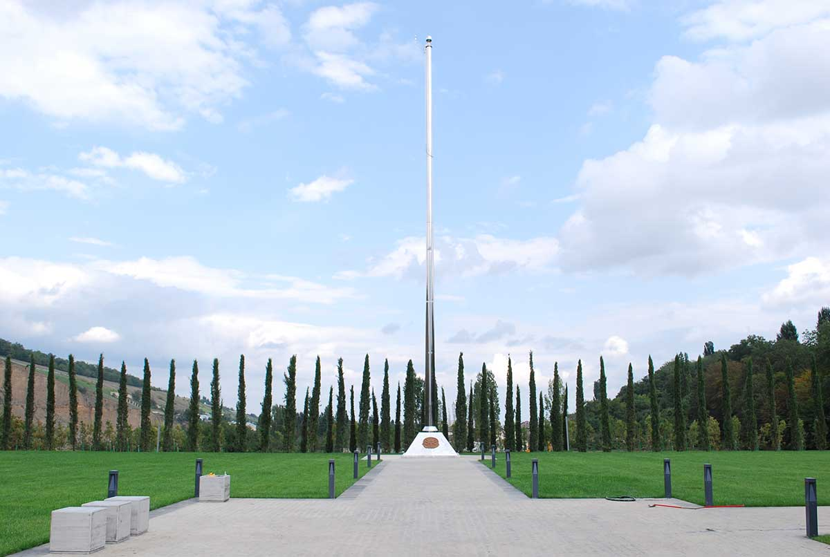 Azerbaycan Şehitlik Paslanmaz Bayrak Direği